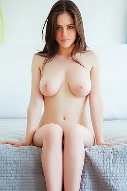 Busty Natural Teen